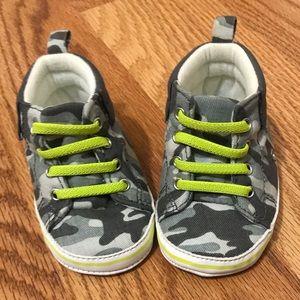 ❗️Final Price-NWOT 0-3 Mo Camo Sneakers